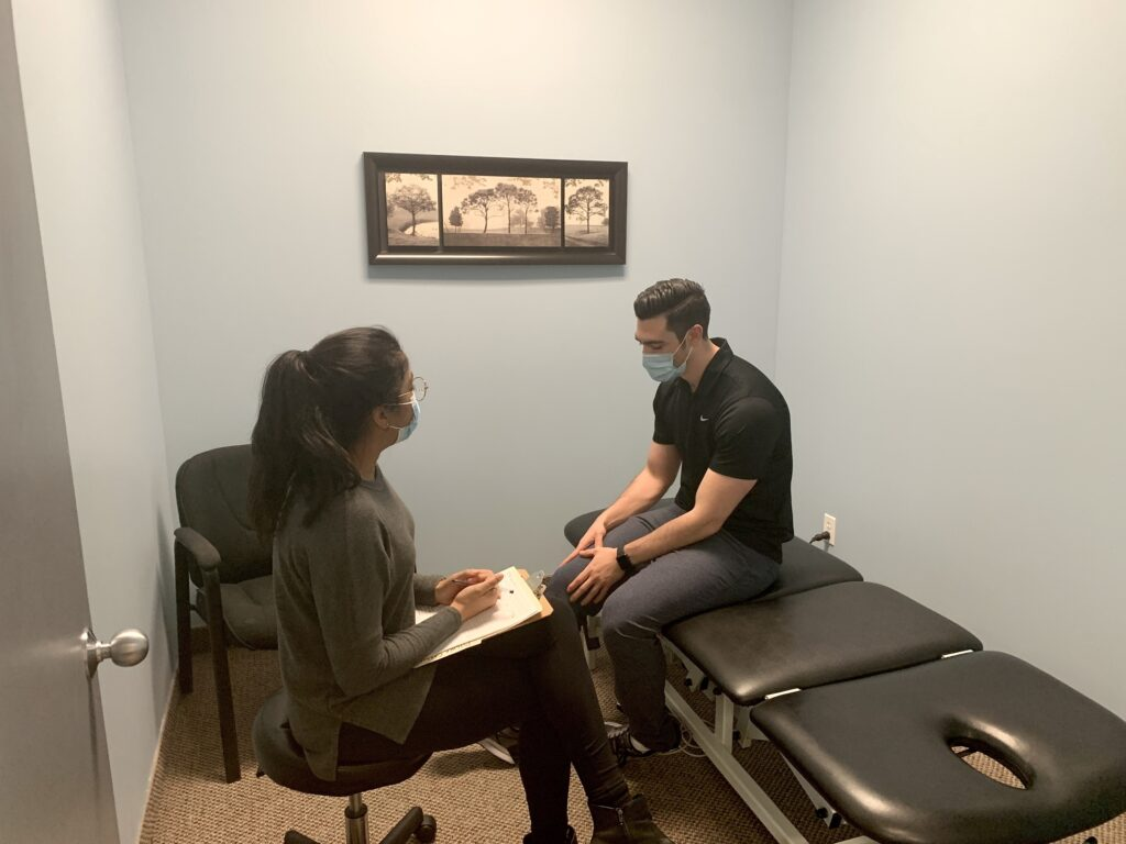 The first consultation with a patient is when the physiotherapist figures out a diagnosis for the injury.